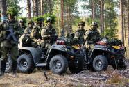 芬兰军队士兵每周吃两顿素食 防长发火