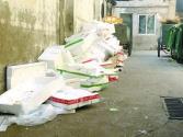 算可回收垃圾却无处回收 泡沫塑料箱缘何处置难