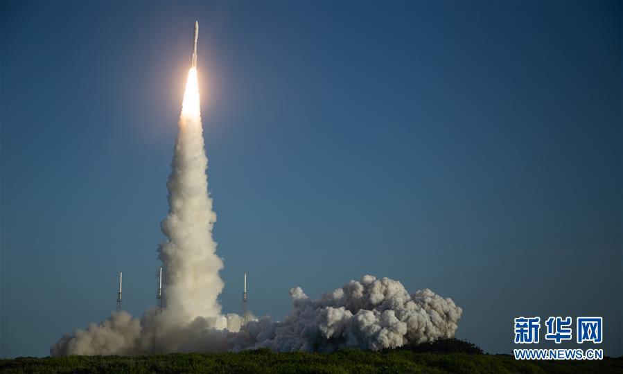 """(国际)(2)美国发射""""毅力""""号火星车 将探索火星生命迹象"""